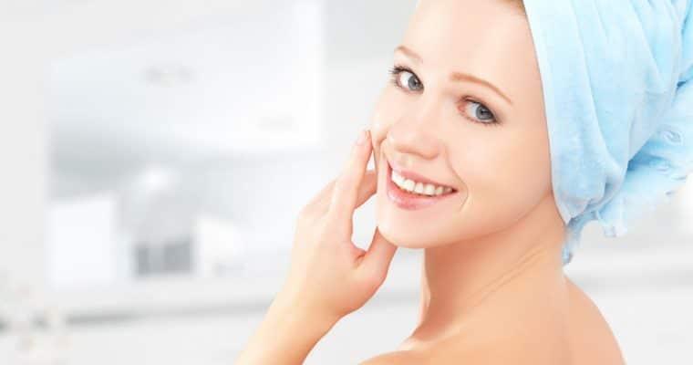 <h1>Cuidado de la Piel con Cosmética Natural</h1> <p class='subtitulo'>Te enseñamos a cuidar tu rostro cada día</p>