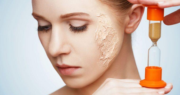 <h1>¿Cómo cuidar la piel seca del rostro?</h1> <p class='subtitulo'>¿Notas tu piel tirante y áspera? Mantén tu piel hidratada</p>