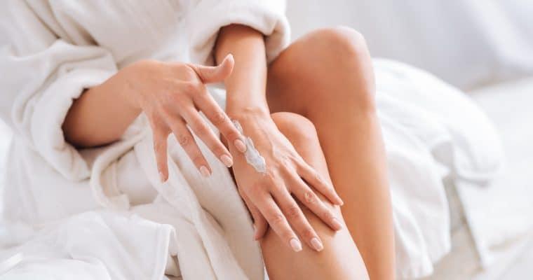 <h1>Cómo cuidar tus manos de forma natural</h1> <p class='subtitulo'>¡Tips Beauty para tener unas manos bonitas!</p>