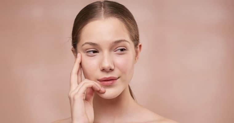 <h1>Cómo identificar tu tipo de piel fácilmente</h1> <p class='subtitulo'>A grandes rasgos, podríamos identificar 5 tipos de piel</p>