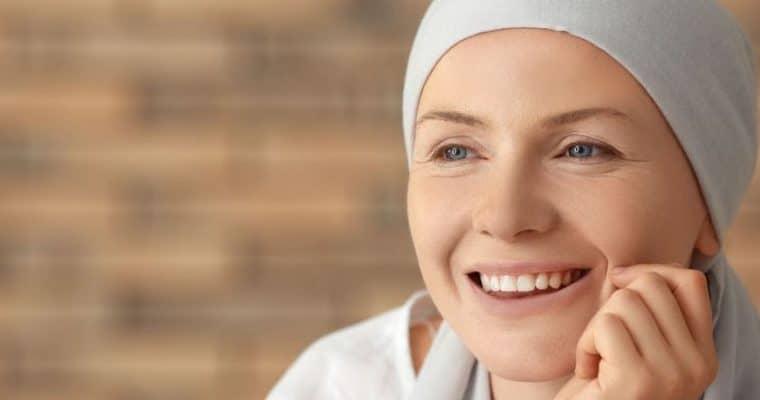 <h1>TRATAMIENTOS ONCOLÓGICOS Y LA PIEL</h1> <p class='subtitulo'>Recomendaciones para cuidar la piel durante el tratamiento del cáncer</p>
