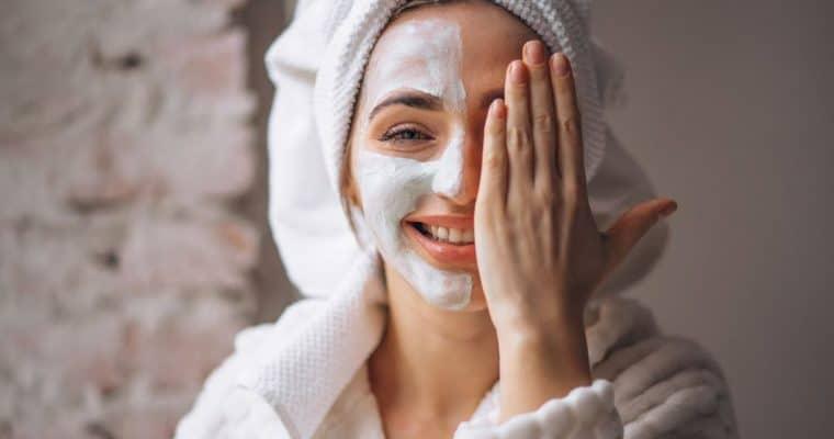 <h1>Plan Detox: cómo recuperar tu piel después de la Navidad</h1> <p class='subtitulo'>Cuida tu piel después de los excesos navideños con estos sencillos consejos</p>