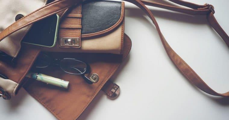 <span style='font-size:18px;'>Kit de supervivencia: estos son los productos que no pueden faltar en tu bolso</span> <p class='subtitulo'>Para nosotras son imprescindibles, vayas donde vayas</p>